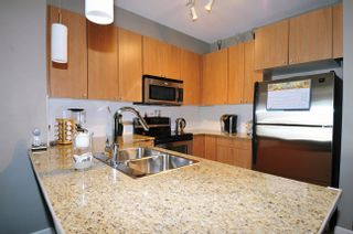 """Photo 13: 313 2477 KELLY Avenue in Port Coquitlam: Central Pt Coquitlam Condo for sale in """"SOUTH VERDE"""" : MLS®# R2034912"""