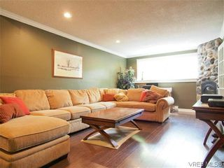Photo 10: 1536 Winchester Road in VICTORIA: SE Gordon Head Residential for sale (Saanich East)  : MLS®# 313117