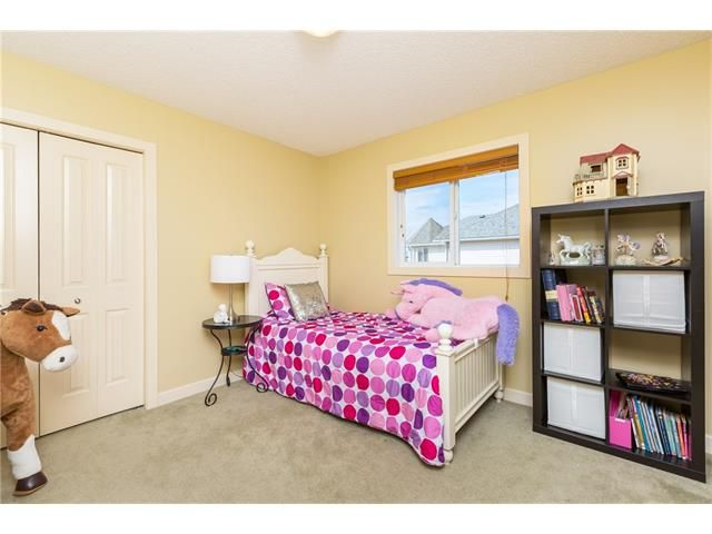 Photo 20: Photos: 664 LUXSTONE Landing SW: Airdrie House for sale : MLS®# C4106944