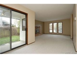 Photo 5:  in VICTORIA: SE High Quadra House for sale (Saanich East)  : MLS®# 460640