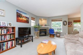 Photo 3: 2707 Windman Lane in VICTORIA: La Mill Hill House for sale (Langford)  : MLS®# 817519