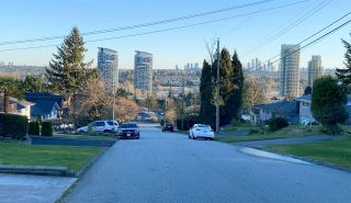 """Photo 12: 1650 ELLESMERE Avenue in Burnaby: Parkcrest House for sale in """"PARKCREST"""" (Burnaby North)  : MLS®# R2566312"""