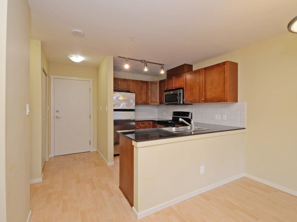 Photo 8: Photos: 213 315 KNOX Street in New Westminster: Sapperton Condo for sale : MLS®# R2232831