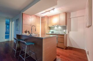 """Photo 7: 1907 565 SMITHE Street in Vancouver: Downtown VW Condo for sale in """"VITA"""" (Vancouver West)  : MLS®# R2298789"""
