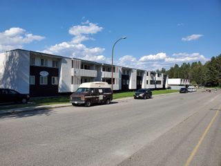 Photo 4: 18 15TH Avenue in No City Value: Out of Town Multi-Family Commercial for sale : MLS®# C8040509