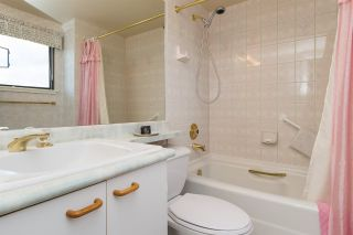 """Photo 9: 612 15111 RUSSELL Avenue: White Rock Condo for sale in """"Pacific Terrace"""" (South Surrey White Rock)  : MLS®# R2118120"""