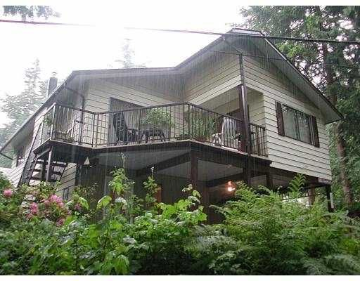 Main Photo: 1312 SUNNYSIDE DR in North Vancouver: Capilano NV House for sale : MLS®# V540458