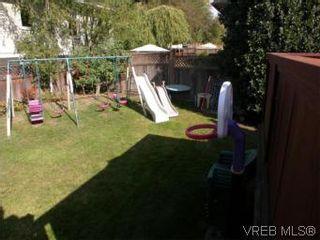Photo 12: 1102 Vista Hts in VICTORIA: Vi Hillside House for sale (Victoria)  : MLS®# 517520