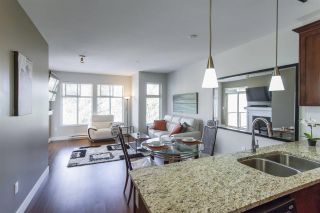 Photo 2: 407 2330 SHAUGHNESSY STREET in Port Coquitlam: Central Pt Coquitlam Condo for sale : MLS®# R2278385