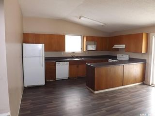 Photo 2: 185 Ross Street in Kisbey: Residential for sale : MLS®# SK800554