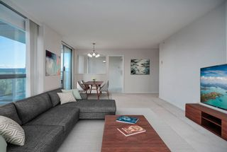 """Photo 8: 903 10899 UNIVERSITY Drive in Surrey: Whalley Condo for sale in """"THE OBSERVATORY"""" (North Surrey)  : MLS®# R2623756"""