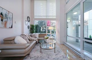 """Photo 5: 112 161 W GEORGIA Street in Vancouver: Downtown VW Townhouse for sale in """"COSMO"""" (Vancouver West)  : MLS®# R2575699"""
