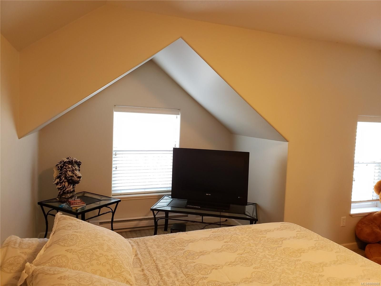 Photo 22: Photos: 105 2787 1st St in Courtenay: CV Courtenay City House for sale (Comox Valley)  : MLS®# 860068
