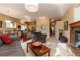 Photo 8: 108 Thetis Vale Cres in VICTORIA: VR Six Mile House for sale (View Royal)  : MLS®# 707982