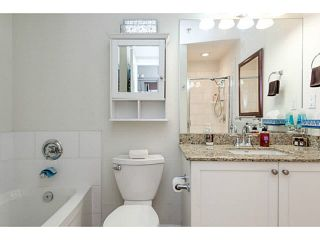 """Photo 16: 401 275 ROSS Drive in New Westminster: Fraserview NW Condo for sale in """"The Grove"""" : MLS®# V1128835"""