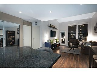 Photo 2: 307 1551 W 11th Street in Vancouver: Fairview VW Condo for sale (Vancouver West)  : MLS®# V1043192