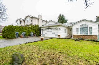 Photo 3: 15901 88A Avenue in Surrey: Fleetwood Tynehead House for sale : MLS®# R2535986