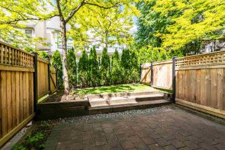 """Photo 8: 7387 MAGNOLIA Terrace in Burnaby: Highgate Townhouse for sale in """"MONTEREY"""" (Burnaby South)  : MLS®# R2376795"""