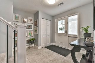 Photo 5: 6376 183A Street in Surrey: Cloverdale BC House for sale (Cloverdale)  : MLS®# R2578341