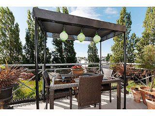 """Photo 2: 220 5500 ANDREWS Road in Richmond: Steveston South Condo for sale in """"SOUTHWATER"""" : MLS®# V1013275"""