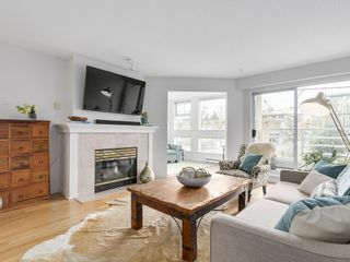 Photo 4: 211 2105 West 42nd Ave in The Brownstone: Home for sale