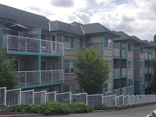 """Photo 2: 310 33960 OLD YALE Road in Abbotsford: Central Abbotsford Condo for sale in """"Old Yale Heights"""" : MLS®# R2464949"""
