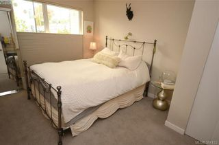 Photo 13: 105 785 Tyee Rd in VICTORIA: VW Victoria West Condo for sale (Victoria West)  : MLS®# 772114