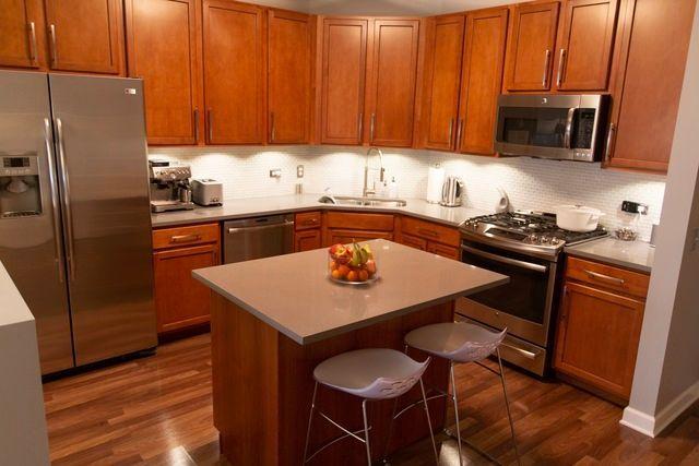 Photo 3: Photos: 656 Pearson Street Unit 503: Des Plaines Condo, Co-op, Townhome for sale ()  : MLS®# MRD10026997