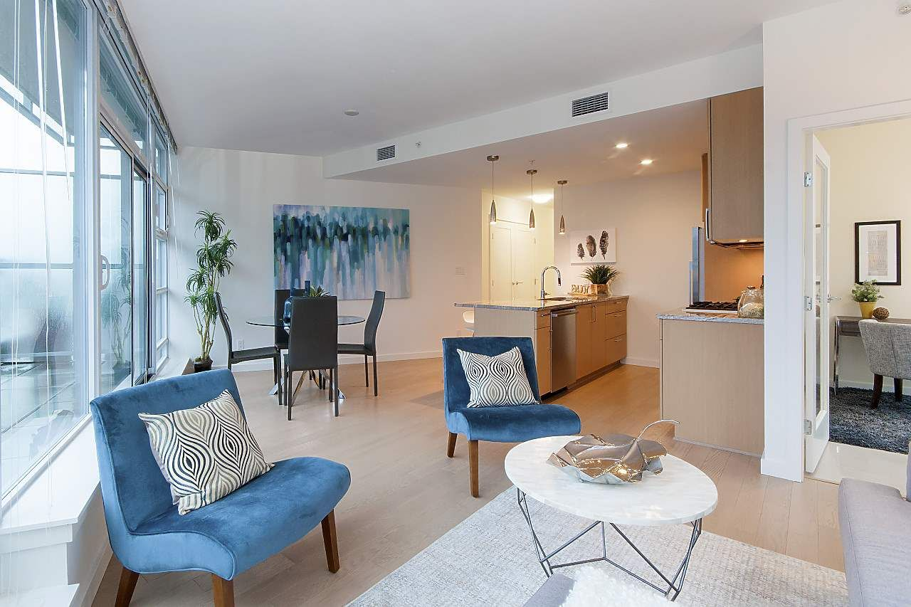 """Photo 5: Photos: 1101 88 W 1ST Avenue in Vancouver: False Creek Condo for sale in """"THE ONE"""" (Vancouver West)  : MLS®# R2234746"""
