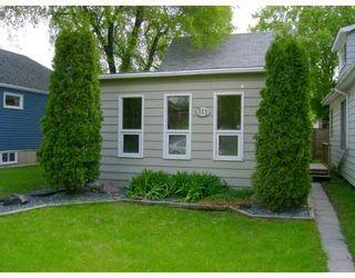 Photo 1: 311 PARKVIEW Street in WINNIPEG: St James Residential for sale (West Winnipeg)  : MLS®# 2910382