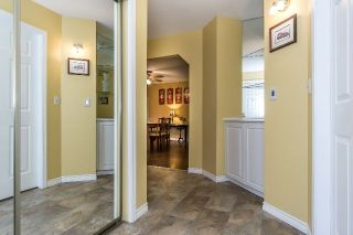 "Photo 5: 219 15153 98 Avenue in Surrey: Guildford Townhouse for sale in ""Glenwood Village"" (North Surrey)  : MLS®# R2233101"