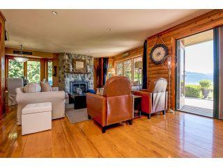 Photo 4: 3281 ATKINSON Lane in Abbotsford: Matsqui House for sale : MLS®# R2071106