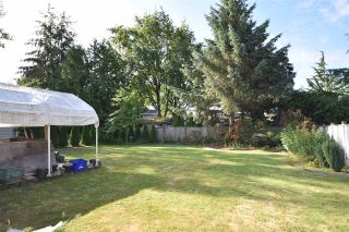 Photo 4: 17048 60 Avenue in Surrey: Cloverdale BC House for sale (Cloverdale)  : MLS®# R2186749
