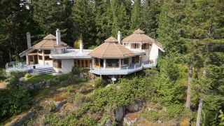 """Photo 4: 2388 GAMBIER Road: Gambier Island House for sale in """"Gambier Harbour"""" (Sunshine Coast)  : MLS®# R2392868"""