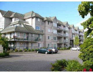 """Photo 1: 102 33668 KING RD in Abbotsford: Poplar Condo for sale in """"College Park"""" : MLS®# F2616857"""