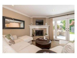 """Photo 5: 4687 HOSKINS Road in North Vancouver: Lynn Valley Townhouse for sale in """"Yorkwood Hills"""" : MLS®# V1130189"""