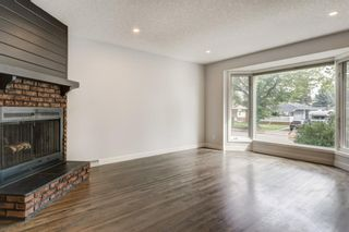 Photo 11: 2715 42 Street SW in Calgary: Glendale Detached for sale : MLS®# A1034490