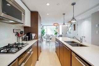 """Photo 9: 532 W 7TH Avenue in Vancouver: Fairview VW Townhouse for sale in """"CAMBIE+7"""" (Vancouver West)  : MLS®# R2590718"""