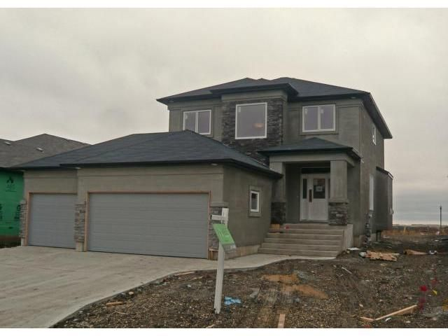 Main Photo: 15 Colbourne Drive in Winnipeg: Residential for sale : MLS®# 1303102