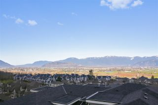 """Photo 19: 16 47315 SYLVAN Drive in Chilliwack: Promontory Townhouse for sale in """"SPECTRUM"""" (Sardis)  : MLS®# R2438096"""