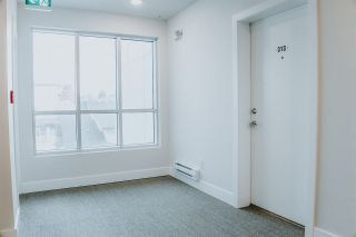 """Photo 3: 313 809 FOURTH Avenue in New Westminster: Uptown NW Condo for sale in """"LOTUS"""" : MLS®# R2545382"""