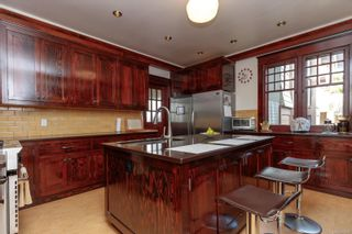 Photo 18: 3 830 St. Charles St in : Vi Rockland House for sale (Victoria)  : MLS®# 874683