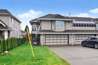Photo 1: 15374 SEMIAHMOO Avenue: 1/2 Duplex for sale in White Rock: MLS®# R2527208