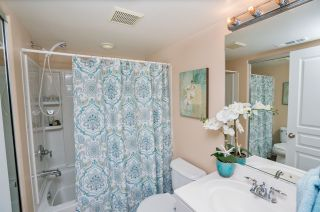 Photo 13: OCEANSIDE Townhouse for sale : 3 bedrooms : 825 Harbor Cliff Way #269