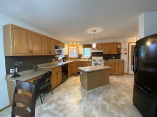 Photo 20: 302 Smith Street in Treherne: House for sale : MLS®# 202110581