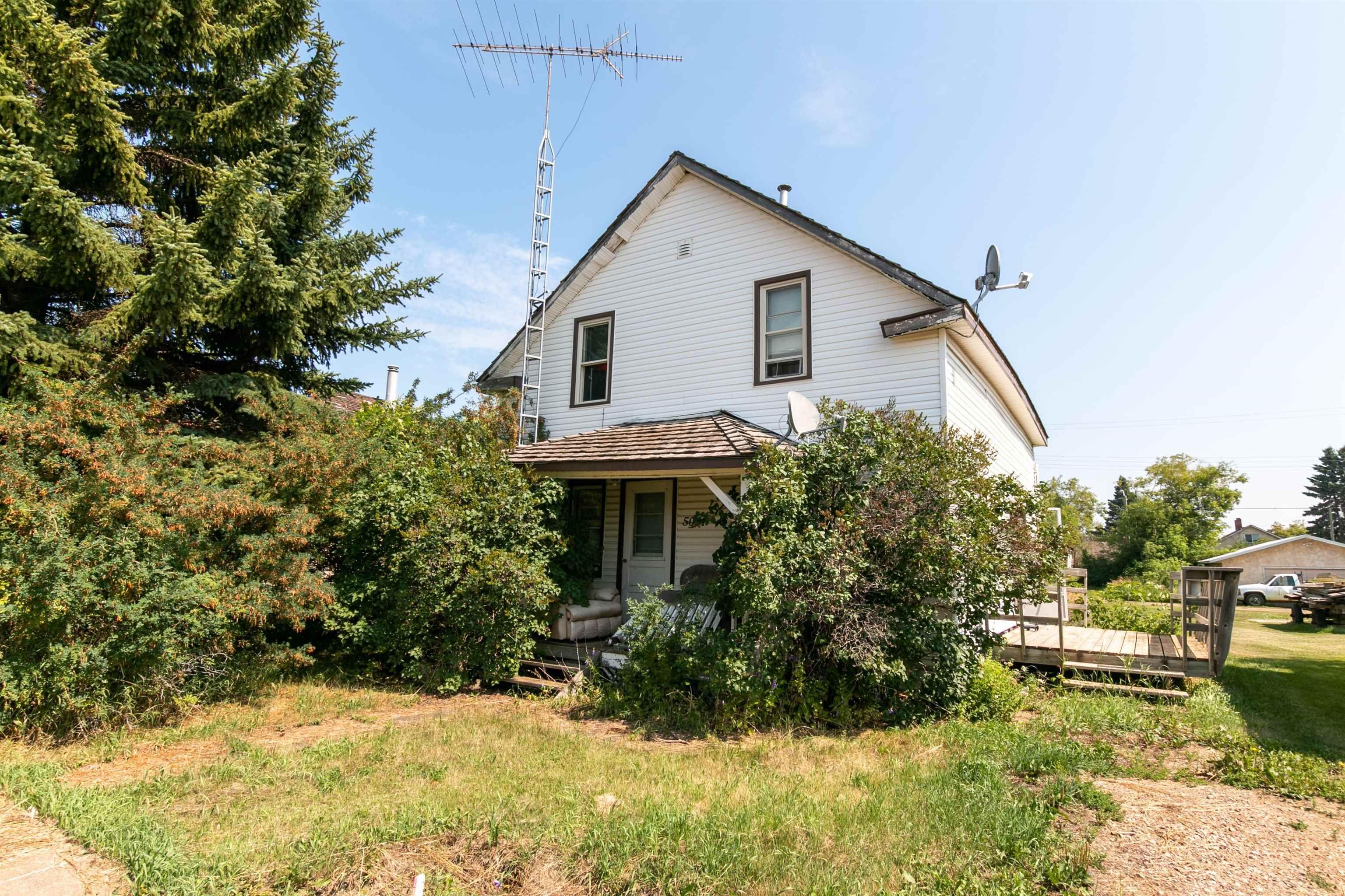 Main Photo: : Waskatenau House for sale : MLS®# E4261088