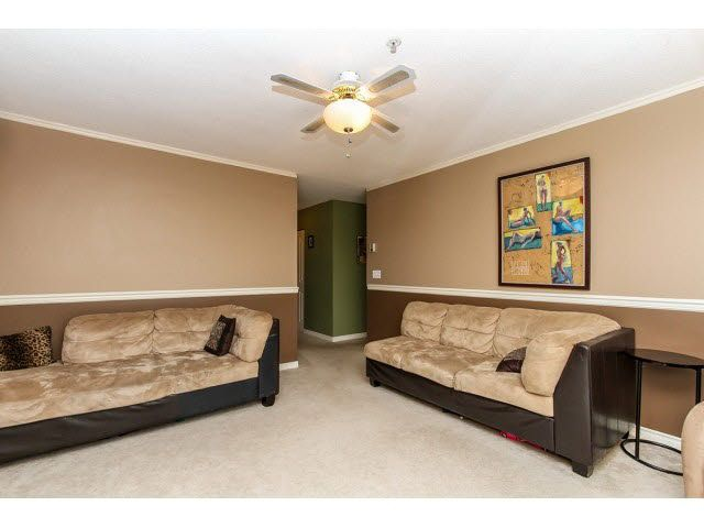 """Photo 7: Photos: 29 5666 208TH Street in Langley: Langley City Townhouse for sale in """"THE MEADOWS"""" : MLS®# F1437593"""