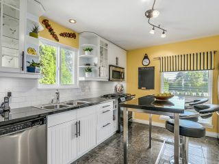 "Photo 5: 2953 DEWDNEY TRUNK Road in Coquitlam: Meadow Brook House for sale in ""MEADOWBROOK"" : MLS®# V1140199"