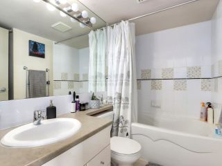 """Photo 18: 2506 501 PACIFIC Street in Vancouver: Downtown VW Condo for sale in """"THE 501"""" (Vancouver West)  : MLS®# R2579990"""
