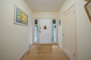 Photo 11: 151 CARISBROOKE Crescent in North Vancouver: Upper Lonsdale House for sale : MLS®# R2558225